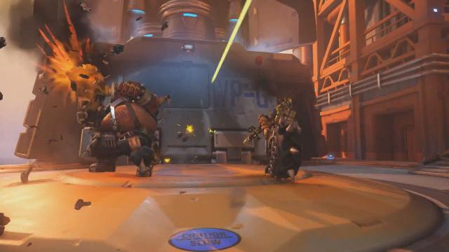 overwatch how to bring up hero config pc