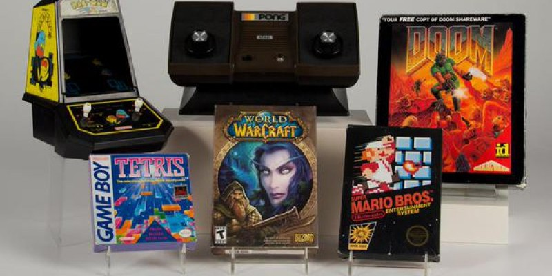 World of Warcraft ist neben Pong, Pac-Man, Super Mario Bros., Tetris und Doom in die World Video Game Hall of Fame des Museums The Strong in Rochester, New York.